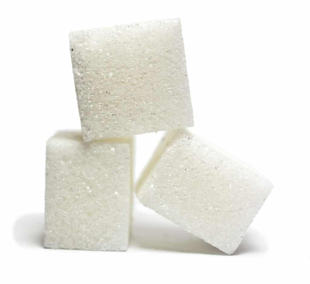 3 morceaux de sucre